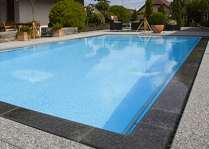Piscine d bordement piscine miroir construction de for Piscine miroir plan